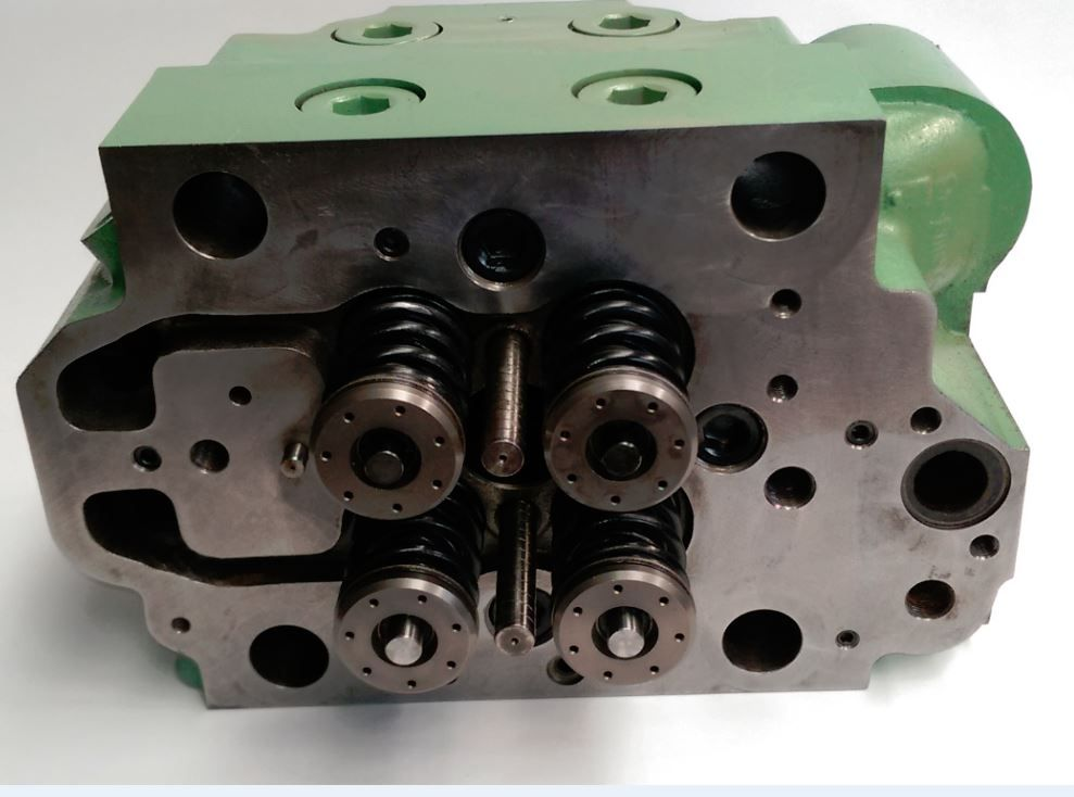 yanmar cylinder head from the front