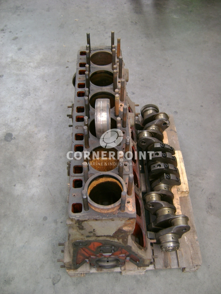 Engine block + crankshaft